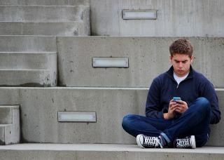 texting-1999275_640.jpg